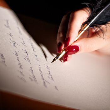Fernerziehung von Herrin Sara - stilecht auf Büttenpapier, geschrieben mit Feder und Lavendeltinte